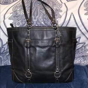 Gorgeous Classic Black Leather Coach Tote F11525
